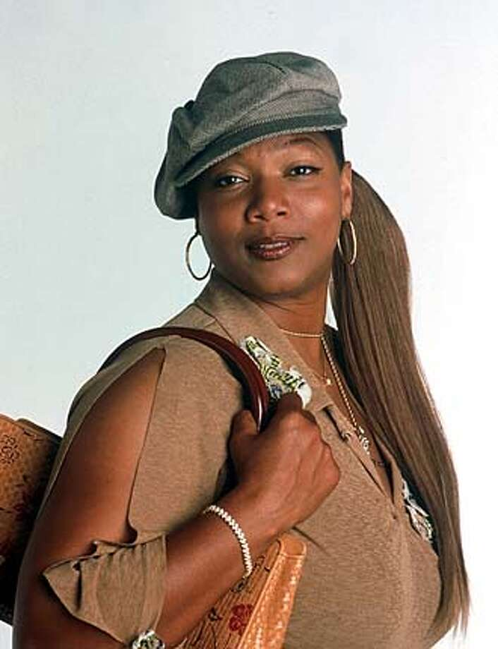 Queen Latifah plays a prison escapee who becomes comically involved with a Beverly Hills lawyer, portrayed by Steve Martin, when she answers an online personals ad.