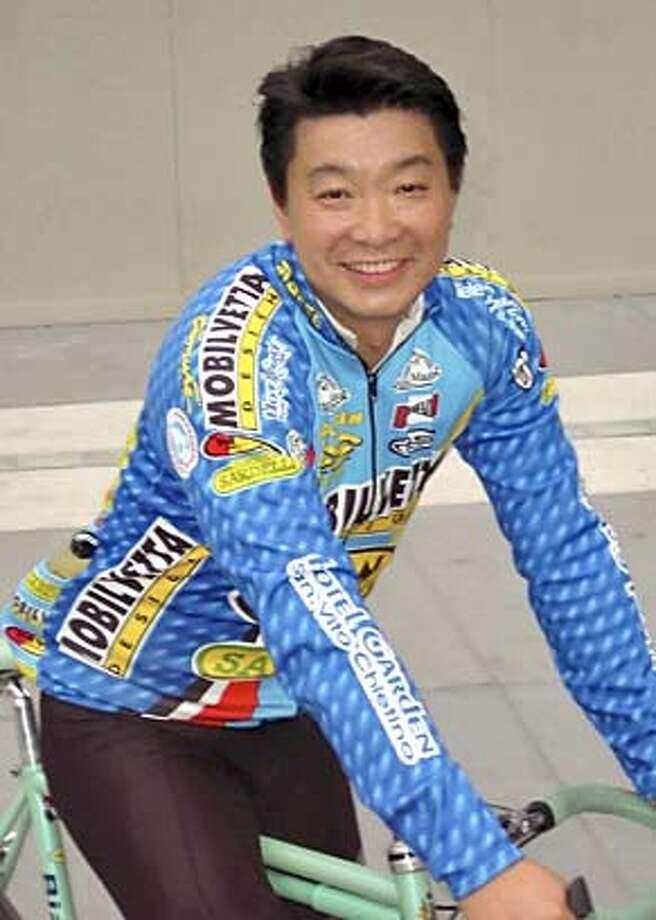 Photo of Henry Yu.
