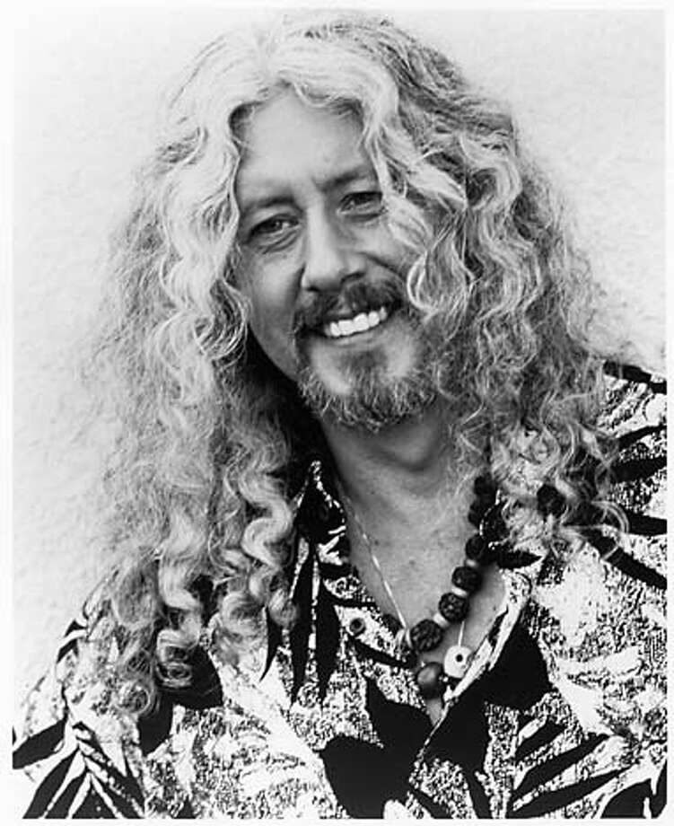 Photo of Arlo Guthrie. Datebook#Datebook#SundayDateBook#12/05/2004#ALL#Advance##0422487202 Photo: HENRY DILTZ