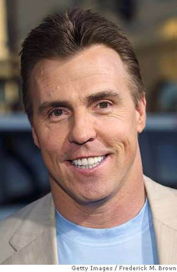 HOLLYWOOD - MAY 19: Former NFL football player Bill Romanowski attends the film premiere of The Longest Yard at Graumans Chinese Theater on May 19, 2005 in Hollywood, California. (Photo by Frederick M. Brown/Getty Images) *** Local Caption *** Bill Romanoski Photo: Frederick M. Brown