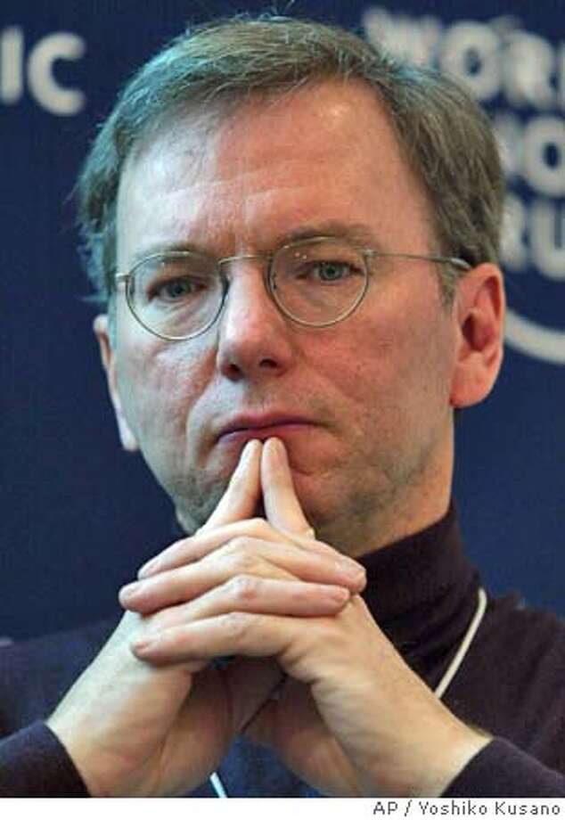 Eric Schmidt, CEO of Google, USA, participates in a panel session at the Annual Meeting of the World Economic Forum in Davos, Switzerland, Friday, Jan. 23, 2004. (AP Photo/ Keystone, Yoshiko Kusano) Business#Business#Chronicle#12/2/2004#ALL#5star##0422221236 Photo: YOSHIKO KUSANO