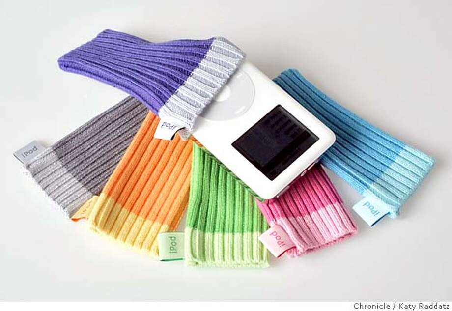 "IPOD06_rad.jpg Story is about iPod accessories. SHOWN: iPod ""socks"" by Apple. Katy Raddatz / The Chronicle MANDATORY CREDIT FOR PHOTOG AND SF CHRONICLE/ -MAGS OUT Business#Business#Chronicle#12/6/2004##5star##0422494930 Photo: Katy Raddatz"