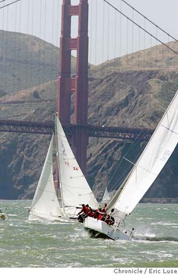 weather_019_el.JPG  A windy beautiful day on the Bay J Boats racing towards the Golden Gate Bridge. San Francisco 5/28/05 Eric Luse  San Francisco Chronicle Ran on: 05-29-2005 Photo: Eric Luse