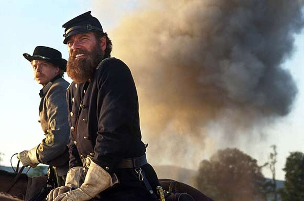 """THIS IS A HANDOUT IMAGE. PLEASE VERIFY RIGHTS. STEPHEN LANG and SEAN PRATT (left) in Ted Turner Pictures� sweeping epic """"Gods and Generals,"""" also starring Jeff Daniels and Robert Duvall, distributed by Warner Bros. Pictures."""