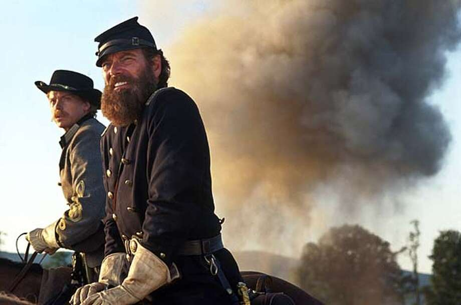 "THIS IS A HANDOUT IMAGE. PLEASE VERIFY RIGHTS. STEPHEN LANG and SEAN PRATT (left) in Ted Turner Pictures� sweeping epic ""Gods and Generals,"" also starring Jeff Daniels and Robert Duvall, distributed by Warner Bros. Pictures. Photo: Van Redin"