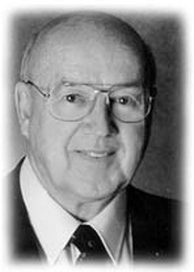 Obit photo of William Moore.