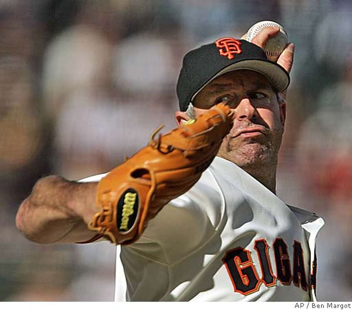 San Francisco Giants' Jeff Fassero works against the Oakland Athletics in the first inning Saturday, May 21, 2005, in San Francisco. (AP Photo/Ben Margot)