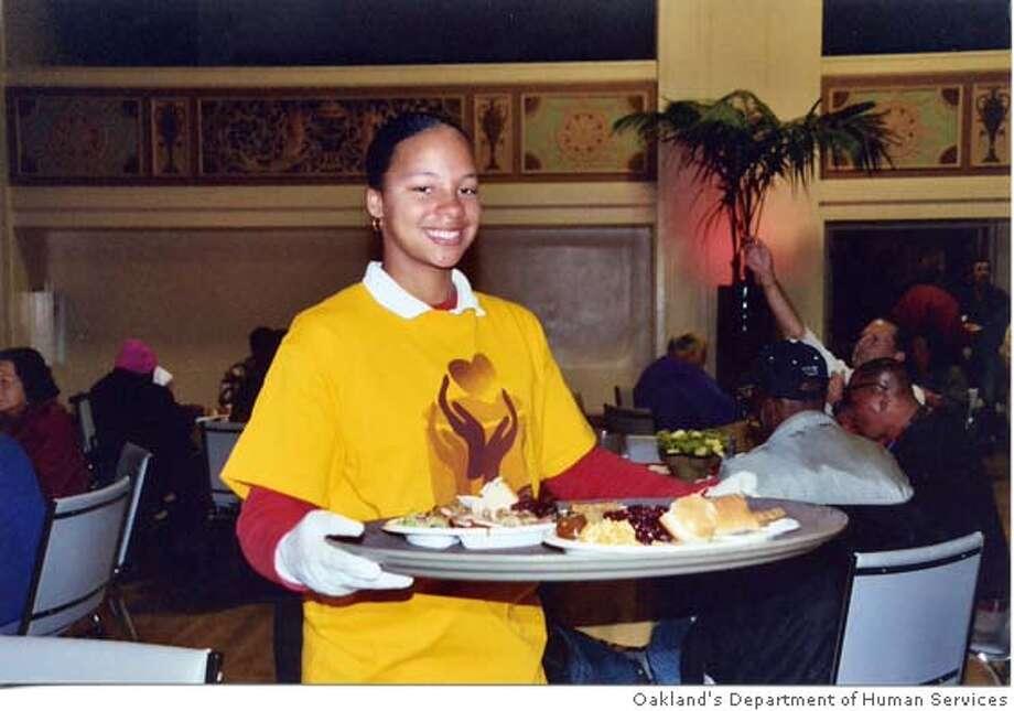 Oakland Thanksgiving Dinner Photo. Photo: Oakland's Department Of Human Se