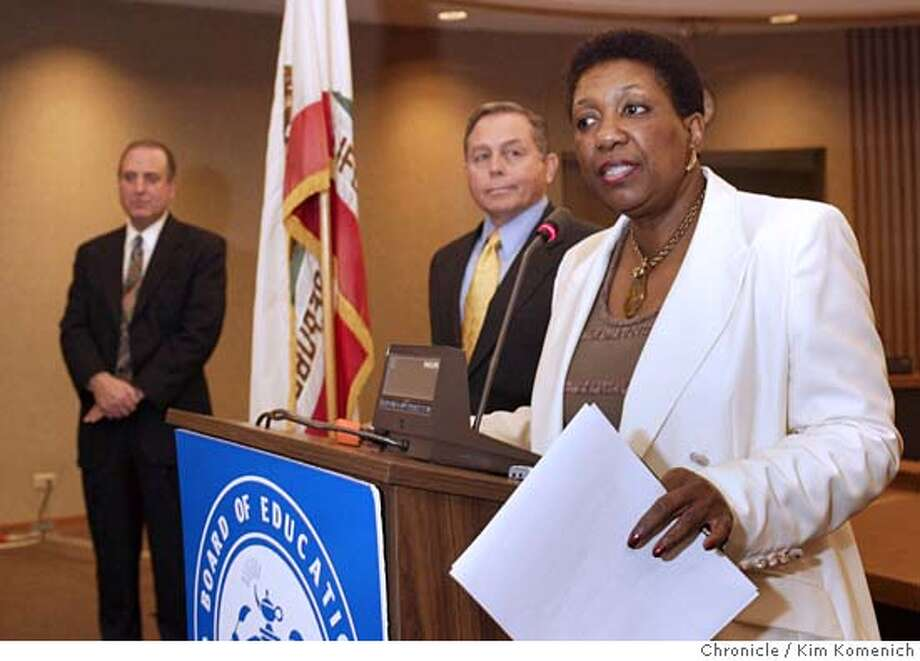 L to R, David Goldin, Donel Bianchi, S.F. Suerintendent of Schools Arlene Ackerman.  Newly appointed San Francisco School District Chief Operating Officer Donel Bianchi and Chief of Facilities David Goldin met the press at the SFUSD Board Chambers. Photo by Kim Komenich in San Francisco. Photo: Kim Komenich