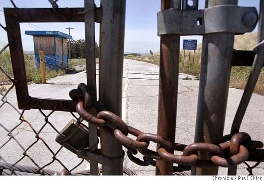 baseclosure_063_pc.jpg  An old entrance off Bailey Rd. has been chained shut for several years. The Naval Weapons Station on 5/13/05 in Concord, Calif. The Department of Defense placed the facility on the closure list which thrills Concord city leaders who hope to develop the vast property.  PAUL CHINN/The Chronicle MANDATORY CREDIT FOR PHOTOG AND S.F. CHRONICLE/ - MAGS OUT Photo: PAUL CHINN