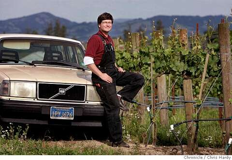 The fog chasers / The wines of Sonoma County's Green Valley