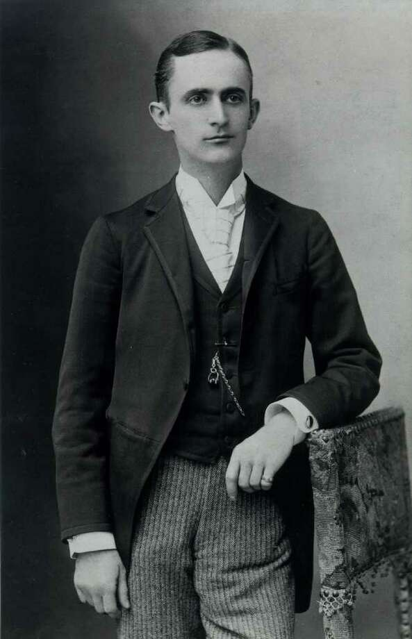 TODAY IN HISTORY/WED 07 12 00/GEORGE EASTMAN -- George Eastman, founder of Eastman Kodak Company, at age 36, held several patents on inventions that transformed photography into an amateur hobby.  Eastman, the inventor of the Kodak camera, was born in Waterville, NY, on July 12, 1854. (photo undated) CREDIT: EASTMAN KODAK COMPANY  [E/N FILE PHOTO]  ID NUMBER ON ORIGINAL PRINT:  NS18831PR (A) Photo: EASTMAN KODAK COMPANY  / E/N FILE PHOTO