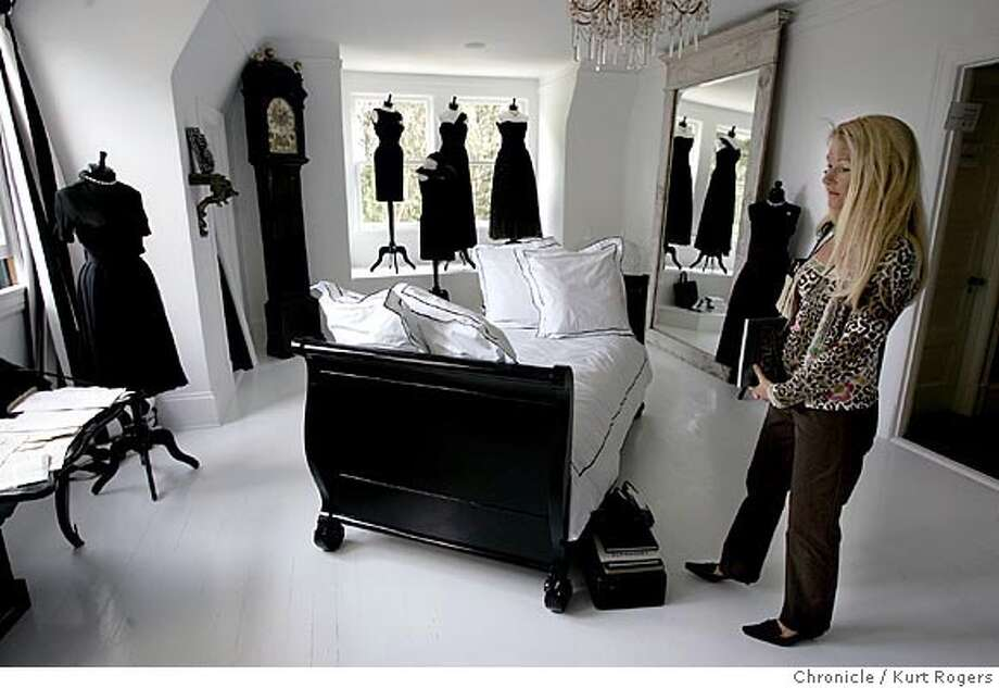Helga Gaede of Tiburon looks at one of the rooms in the showcase house.  The Annual San Francisco Decorator Showcase .  SHOWCASE07_0067_kr.JPG 4/30/05 in San Francisco,CA.  KURT ROGERS/THE CHRONICLE Photo: KURT ROGERS