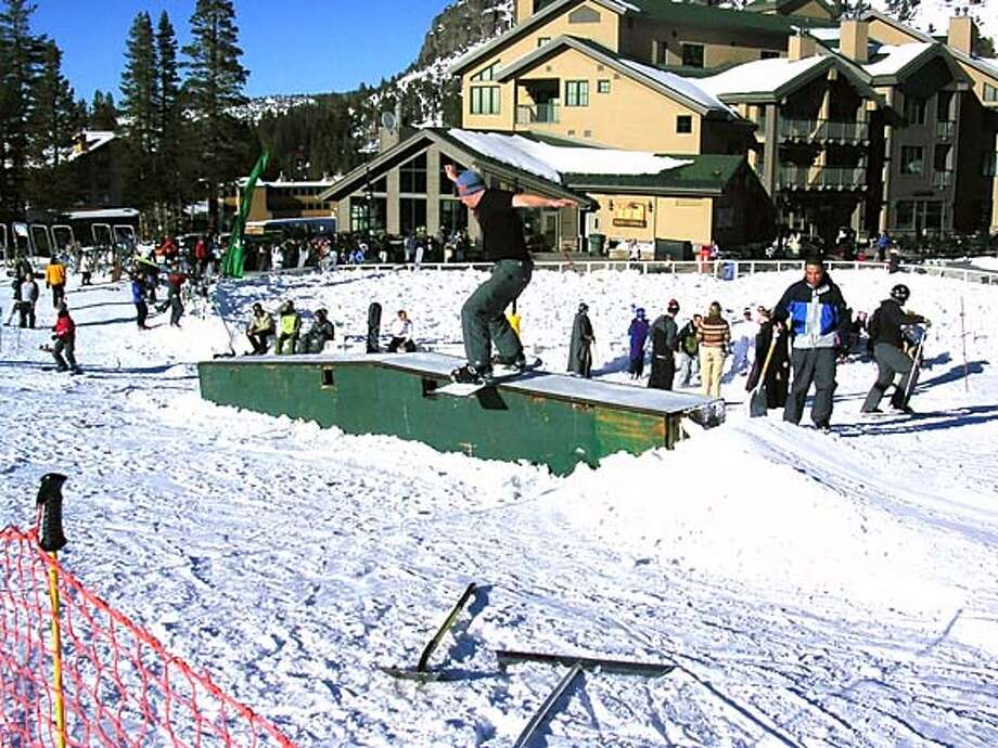 SKI11A.JPG A snowboarder rides the Scare Box at Kirkwood Mountain. HANDOUT Sports#Sports#Chronicle#11/11/2004#ALL#5star#D9#0422460011