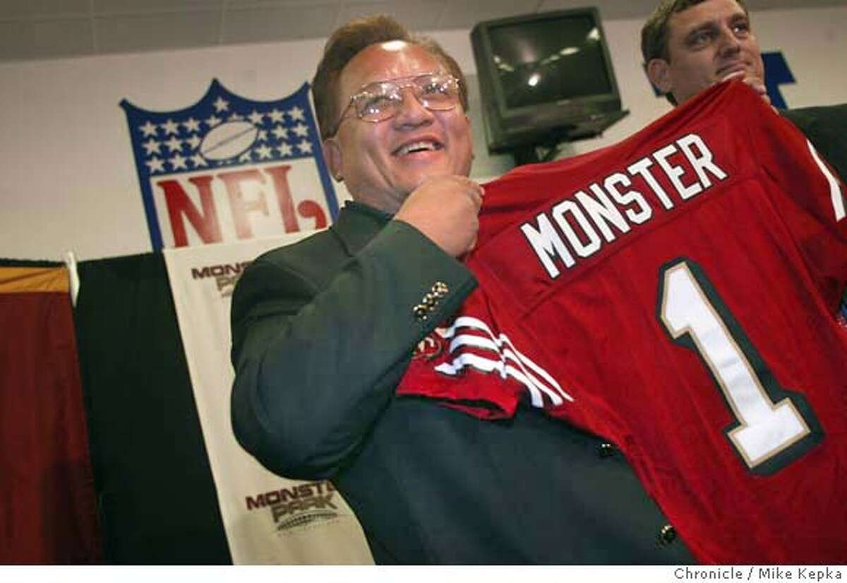 monster0041_mk.jpg Noel Lee, CEO of, bay area started company, Monster Cable announces that he has bought the rights to what wa 3 Com Park. The football stadium will now be called Monster Park. MIKE KEPKA/The Chronicle Ran on: 09-29-2004 Noel Lee, owner and founder of Monster Cable, announces he has bought the rights to rename Candlestick Park after his company. MANADATORY CREDIT FOR PHOTOG AND SF CHRONICLE/ -MAGS OUT Business#Business#Chronicle#11/8/2004#ALL#5star##0422379966