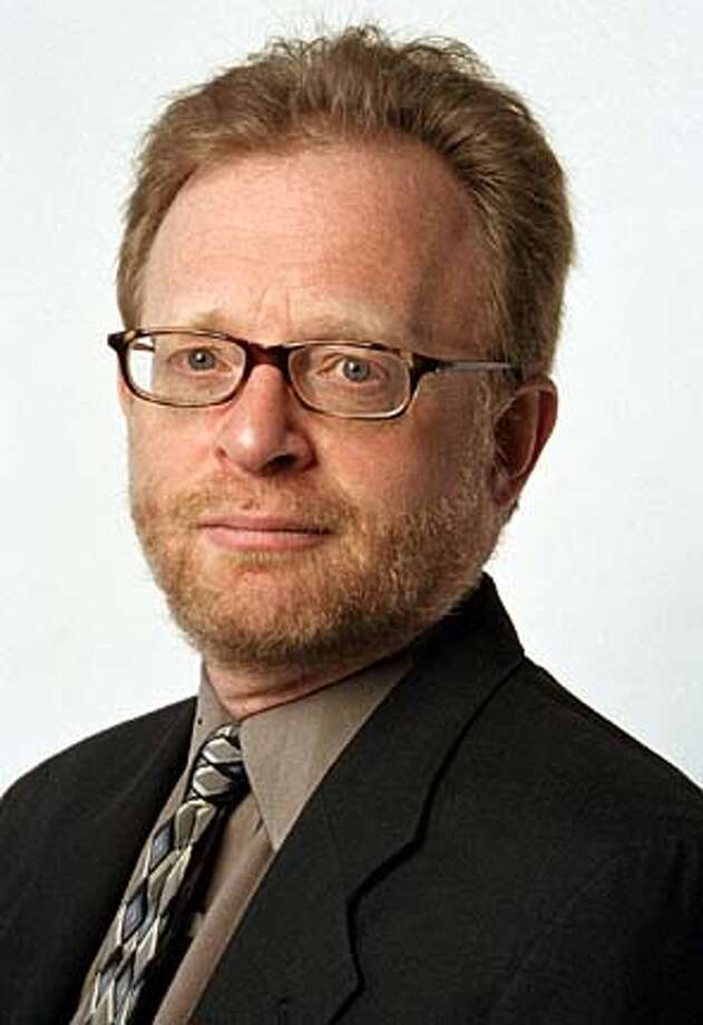 Sam Tanenhaus, new editor of the NEW YORK TIMES book review.  photo Courtesy of the New York Times. Sam Tanenhaus is the capable new editor of the New York Times Book Review. BookReview#BookReview#Chronicle#4/07/2004#ALL#Advance#M2#0421712598 BookReview#BookReview#Chronicle#11-07-2004#ALL#Advance#M2#0421712598 BookReview#BookReview#Chronicle#11-07-2004#ALL#Advance#M2#0421712598