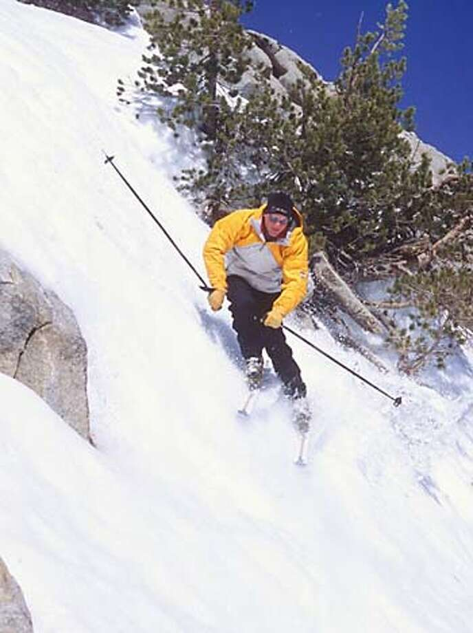"TRAVEL TAHOESKI -- A new lift will serve a series of challenging chutes at Mt. Rose this year. (For use with Dan Giesen's ""what's new"" story.) Credit: Courtesy of Mt. Rose Travel#Travel#Chronicle#11/07/2004#ALL#Advance##0422433990"