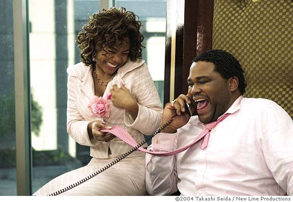 RANSOM23 (left to right) Regina Hall as �Peaches� and Anthony Anderson as �Malcolm� in New Line Cinema�s upcoming film, King's Ransom. Photo Credit: �2004 Takashi Seida/New Line Productions King's Ransom