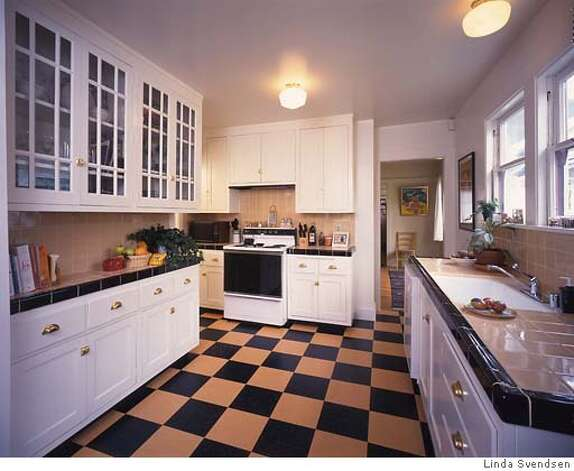 Modernizing the vintage kitchen or how best to avoid for 1920s kitchen floor
