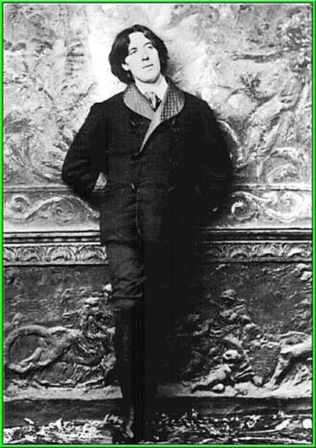 Oscar Wilde Datebook#Datebook#SundayDateBook#10-24-2004#ALL#Advance##0422413737
