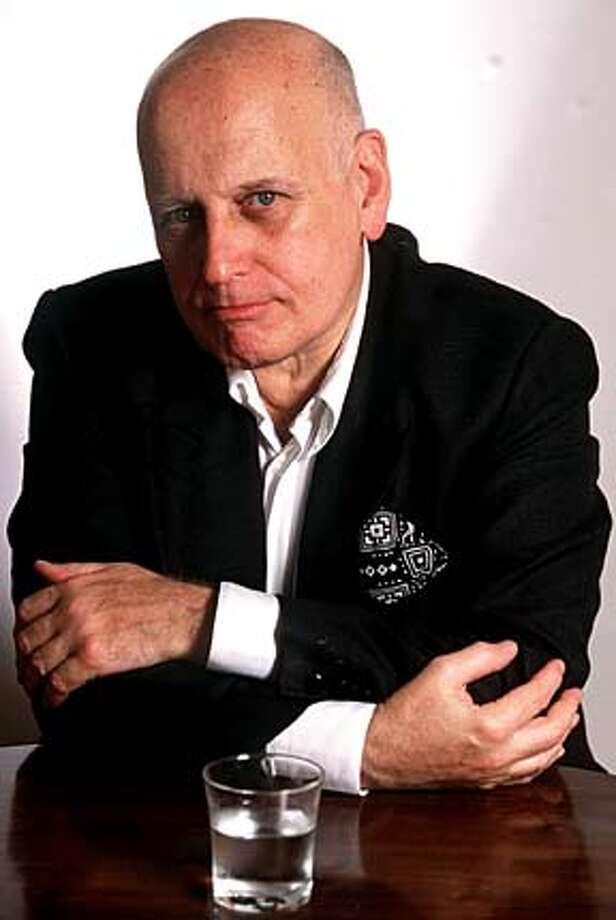Photo of auhtor Edgardo Cozarinsky. BookReview#BookReview#Chronicle#10-24-2004#ALL#Advance#M2#0422422956 BookReview#BookReview#Chronicle#10-24-2004#ALL#Advance#M2#0422422956 Photo: Daniel Pessah