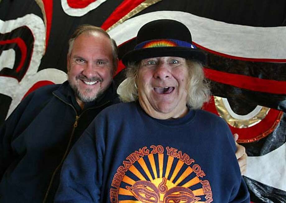 SEVA_045_fl.jpg; Larry Brilliant co-founder (left) and Wavy Gravy of the SEVA Foundation celebrate 25 years. Headquartered in Berkeley, the organization has established programs that have resulted in more than 2 million blind people in the Nepal-India-Tibet area receiving cataract operations that allowed them see again. The foundation also has started various other programs to combat poverty and disease  The Chronicle; Patients give the thumbs up after having been operated on by Seva's ophthalmic surgeons in Tibet, where the foundation is helping to cure blindness. ALSO RAN 1/2/2004(PN) MANDATORY CREDIT FOR PHOTOG AND SF CHRONICLE/ -MAGS OUT CAT Photo: FREDERIC LARSON