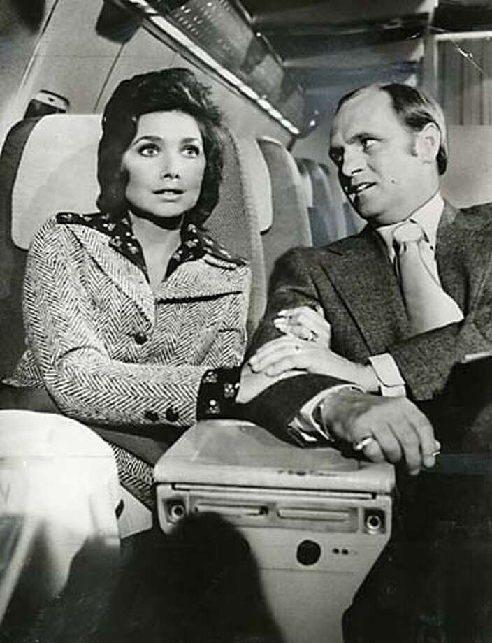 "Suzanne Pleshette and Bob Newhart in ""The Bob Newhart Show."" in the 70's."