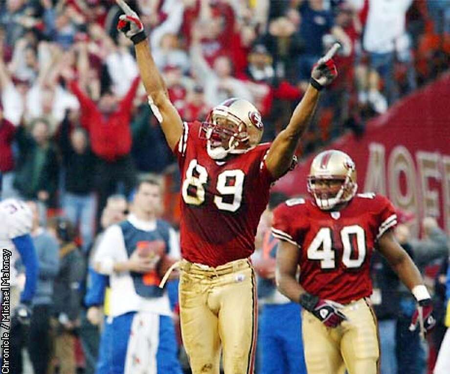 Tai Streets reacts to his game winning TD. #40 is Fred Beasley.  49ers Vs New York Giants at Candlestick  CHRONICLE PHOTO BY MICHAEL MALONEY Photo: MICHAEL MALONEY