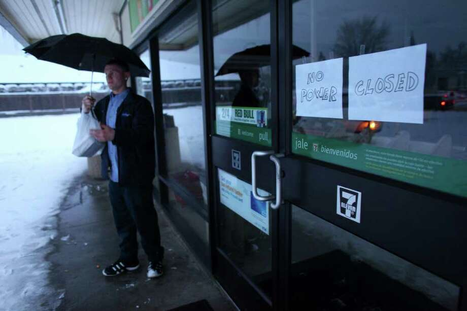 Power is out at a convenience store in Auburn on Thursday, January 19, 2012. An ice storm wreaked havoc in the area, bringing down trees and power lines. Power was out to hundreds of thousands of customers. Photo: JOSHUA TRUJILLO / SEATTLEPI.COM