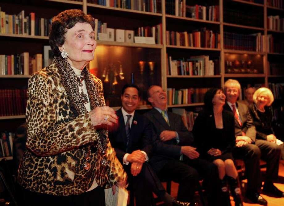 Former Mayor Lila Cockrell speaks during her 90th birthday reception held on Jan. 19, 2012 at the Tobin Estate. Photo: EDWARD A. ORNELAS, Edward A. Ornelas/Express-News / SAN ANTONIO EXPRESS-NEWS (NFS)