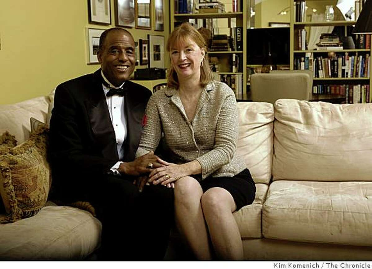 Noah Griffin and Meredith Browning Griffin are photographed on the couch in their Tiburon, Calif., home on Friday, Dec. 12, 2008.