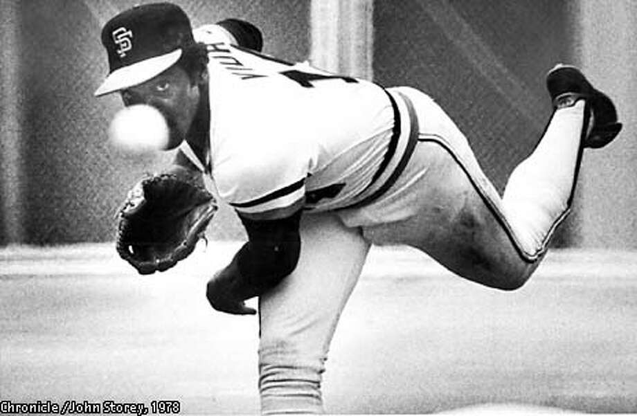 PHOTO BY JOHN STOREY THE CHRONICLE1978  VIDA BLUE PITCHES HIS FIRST PITCH TO AN ATLANTA BATTER AT CANDLESTICK PARK APRIL 18, 1978