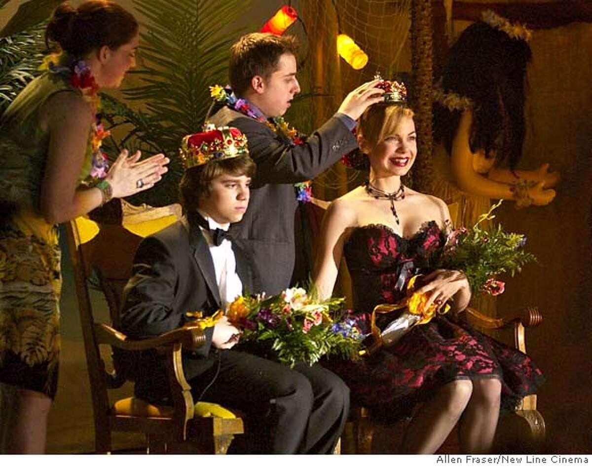 Ryan Pinkston (left) stars as �Sam Leonard� and Amanda Walsh (right) stars as �Vicki� in New Line Cinema�s FULL OF IT. Photo Credit: �2007 Allen Fraser/New Line Cinema