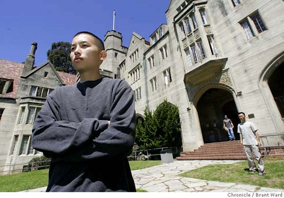 bowles411_ward.jpg  Former Bowles Hall resident Stephen Le is upset he is not allowed to live there this year.  UC Berkeley dormitory Bowles Hall is no longer available to upper classmen who have lived there before. Beginning this year, the university is only allowing freshman men to live there. This would exclude all the former residents who have not yet graduated.  Junior Stephen Le has started a blog and is trying to get the university to change its mind. He says many of his former roommates and friends would love to still live there.  Brant Ward 8/22/05 Photo: Brant Ward