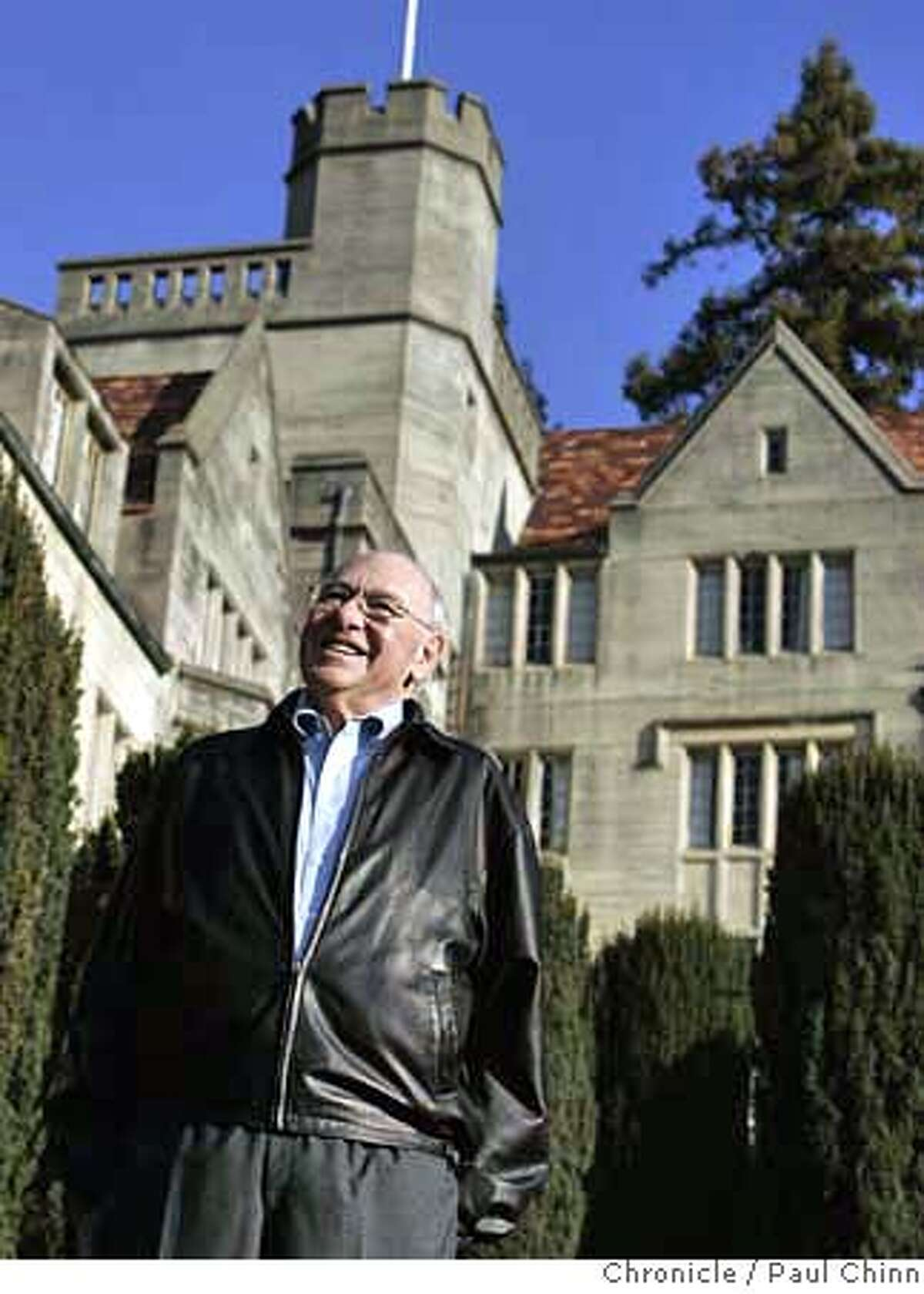 Cal grad Bob Sayles returns to visit Bowles Hall men's freshman dormitory at UC Berkeley on Wednesday, Jan. 24, 2007. Cal's Haas School of Business is eyeing the castle-like dorm to use for an executive education program, a plan which has angered many alumni and former residents known as Bowlesmen. Sayles a member of the Class of 1952, is leading the charge for the Bowlesmen. PAUL CHINN/The Chronicle **Bob Sayles MANDATORY CREDIT FOR PHOTOGRAPHER AND S.F. CHRONICLE/NO SALES - MAGS OUT