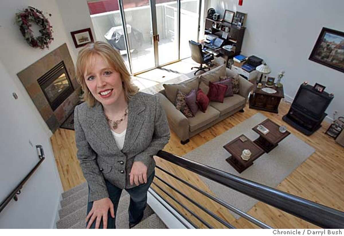 afford18_018_db.jpg Kris Crichton in her newly purchased loft South of Market St. Event on 8/16/05 in San Francisco. Darryl Bush / The Chronicle MANDATORY CREDIT FOR PHOTOG AND SF CHRONICLE/ -MAGS OUT