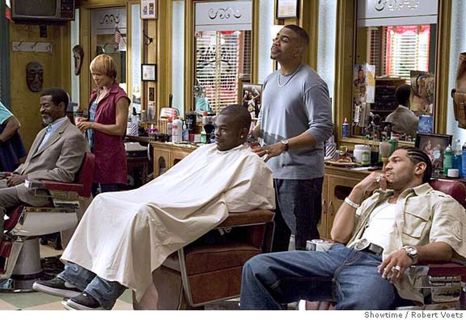 BARBERSHOP12 client with Toni Trucks as Terri, client with Omar Gooding as Calvin and Dan White as Romadal Photo: Robert Voets/Showtime  Photo ID: 101_0762