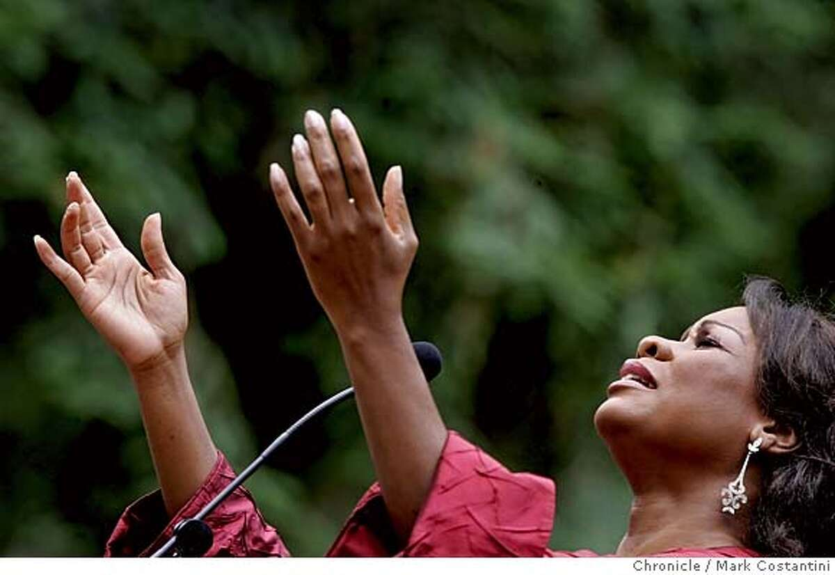 S.F. OPERA AT STERN GROVE. Mezzo-Soprano Denyce Graves sings at performance. Photograph by Mark Costantini/S.F. Chronicle.