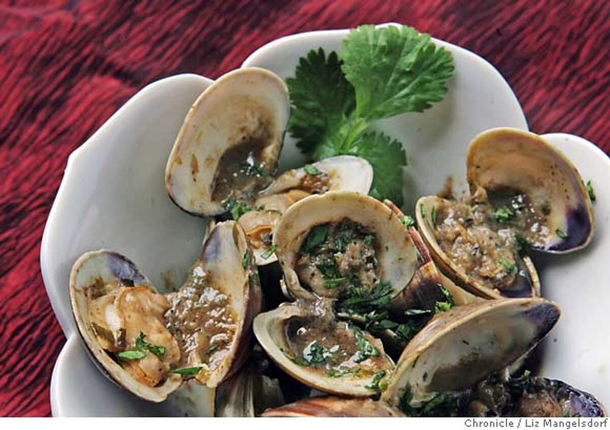 Sauteed clams photographed in the studio in San Francisco on Feb. 5, 2007. Request by Jim Merithew. (no photo request in system) Photo by Liz Mangelsdorf/ San Francisco Chronicle
