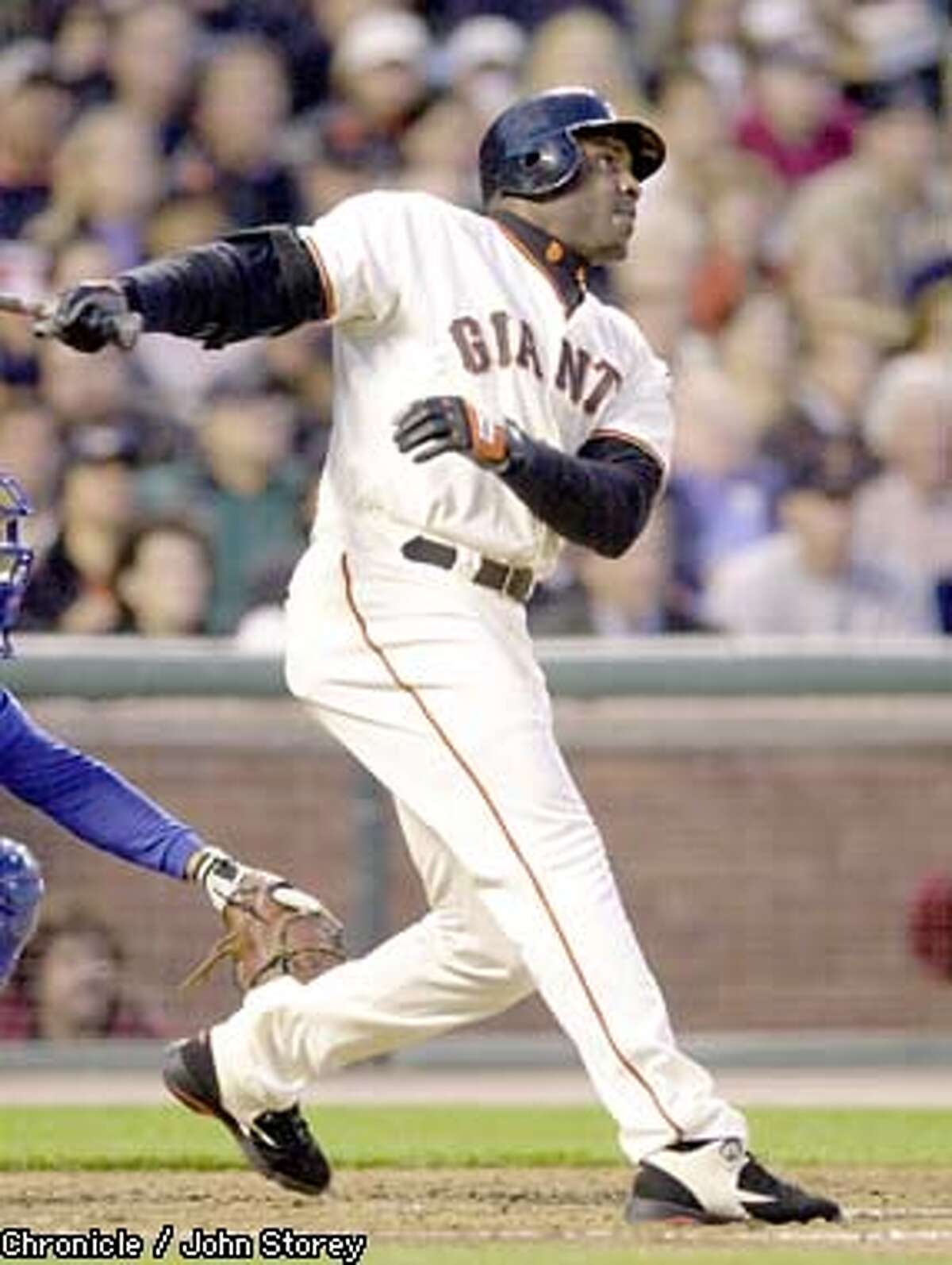 The Giants vs. the Cubs at Pac Bell Park. 4/30/03 in San Francisco. Barry Bonds hits the 1st of 2 home runs against the Cubs in the 3rd inning. JOHN STOREY / The Chronicle