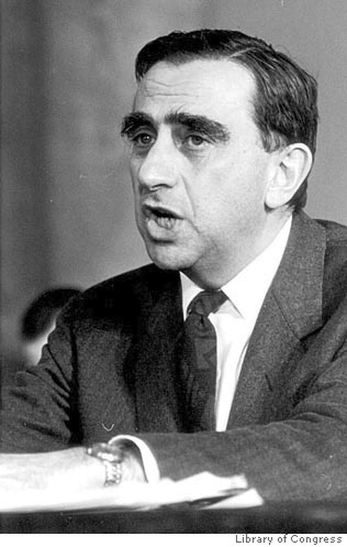 (NYT1) UNDATED -- April 23, 2001 -- SCI-TELLER-HBOMB-1- B&W -- After a heart attack, Dr. Edward Teller sat down with a friend and a tape recorder and discussed the secret history of the hydrogen bomb. The first design, he said,