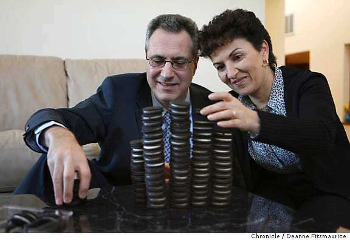 transfat_0056_df.jpg Stephen and Simone pile up Oreos for a Chronicle photo shoot. Attorney, Stephen Joseph, and his wife, Simone, have been active in fighting trans fat in food. He sued Oreo cookies and they have since removed trans fat from Oreo cookies. Photographed in San Francisco on 1/16/07. Photo / Deanne Fitzmaurice Mandatory credit for photographer and San Francisco Chronicle. /Magazines out.