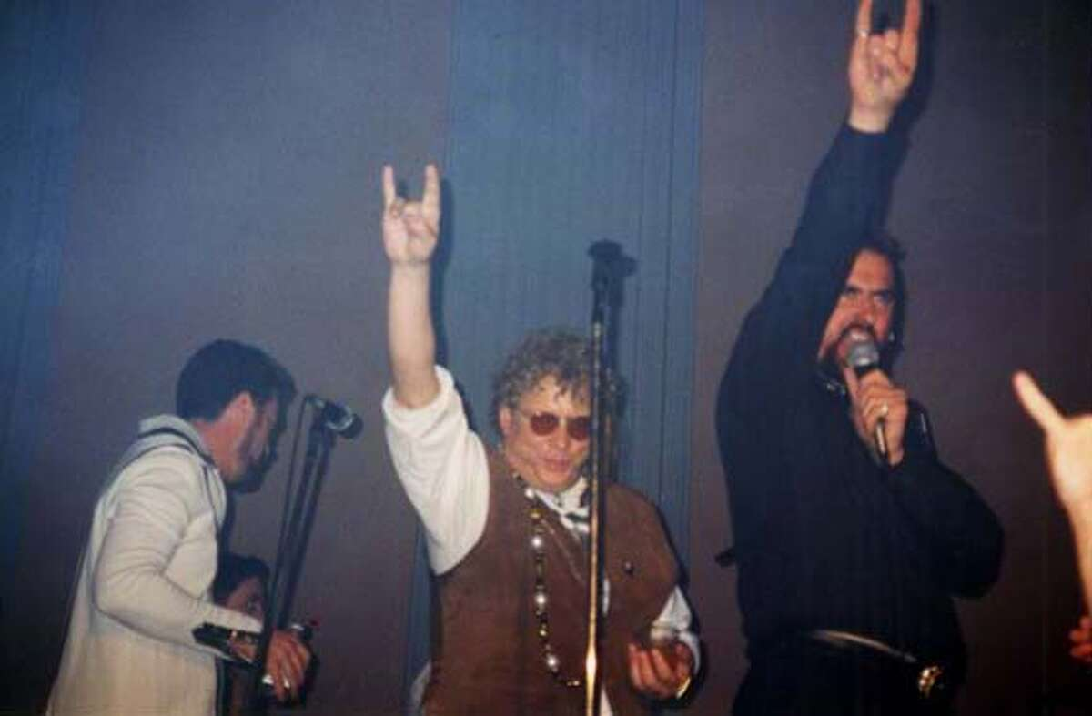 DAVIS/C/18OCT99/MN/HO--Jack Davis at his May 3, 1997, 50th Birthday party. Davis, left, and