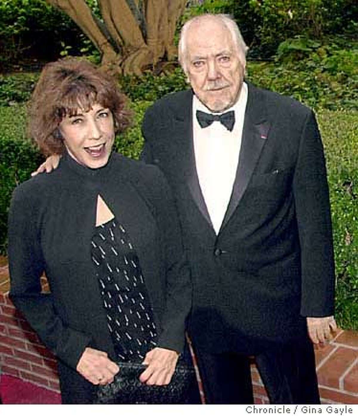 Lily Tomlin, Robert Altman and met on the red carpet at the San Francisco film festival party honoring robert Altman and Dustin Hoffman at the Ritz Carlton in San Francisco. Photo by Gina Gayle/The SF Chronicle.