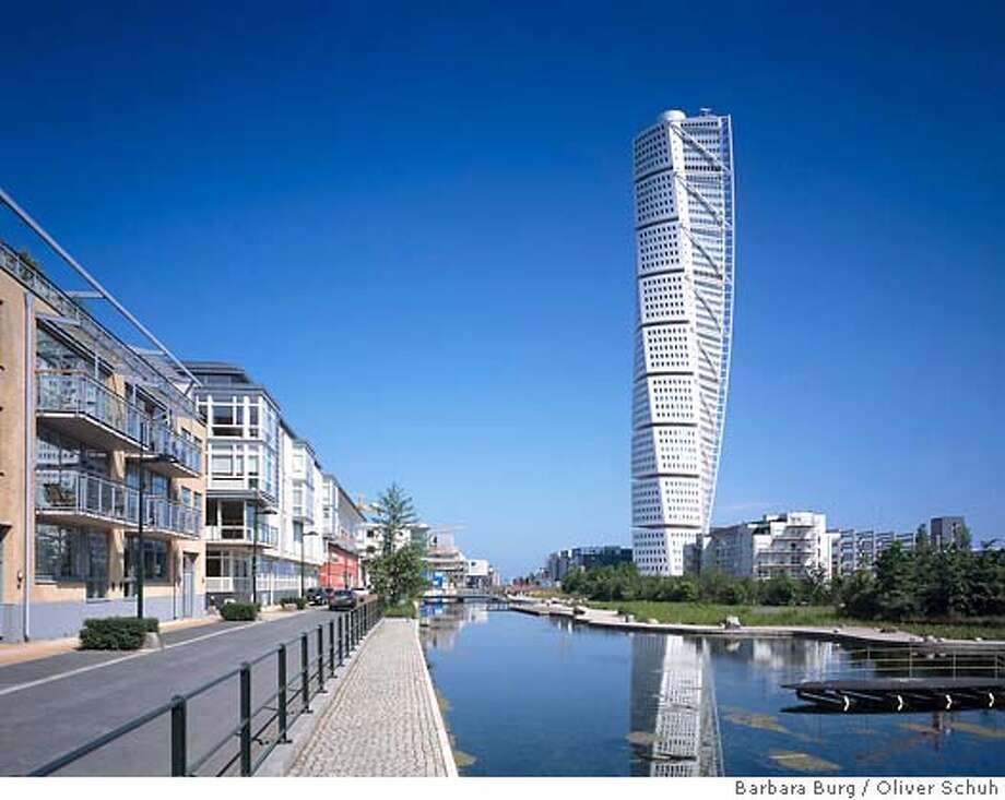 Office Apartment building  Architect: Santiago Calatrava  Turning Torso  (Malmo, Sweden)  Photo credit: www.palladium.de  , Barbara Burg/Oliver Schuh  place30xx Photo: Barbara Burg Oliver Schuh / Pa