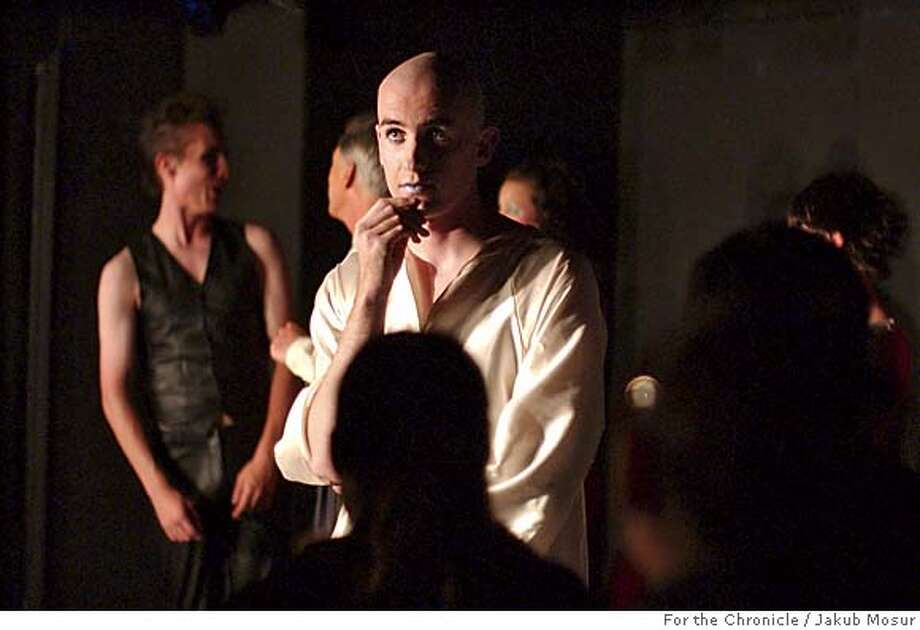 "Eric Barry performs in ""Dark Horse, Indiana,"" a play he wrote, at the Punch Theatre in the basement of the La Vals pizza parlor in Berkeley.  Event on 7/15/05 in Berkeley. JAKUB MOSUR / The Chronicle MANDATORY CREDIT FOR PHOTOG AND SF CHRONICLE/ -MAGS OUT Photo: JAKUB MOSUR"