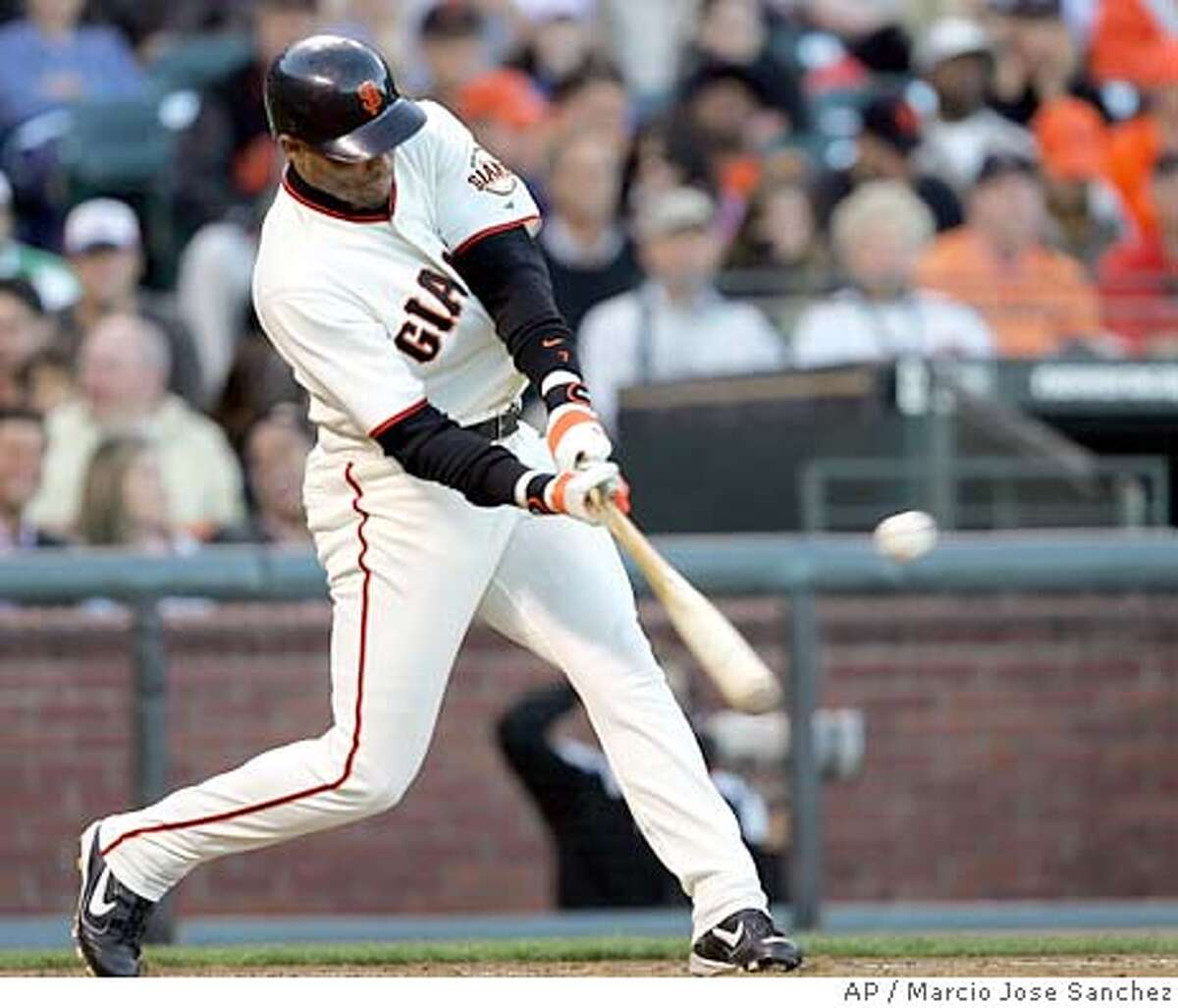 San Francisco Giants' Pedro Feliz drives in two-runs with a single off the Florida Marlins' Dontrelle Willis in the second inning on Friday, July 22, 2005 in San Francisco. (AP Photo/Marcio Jose Sanchez)