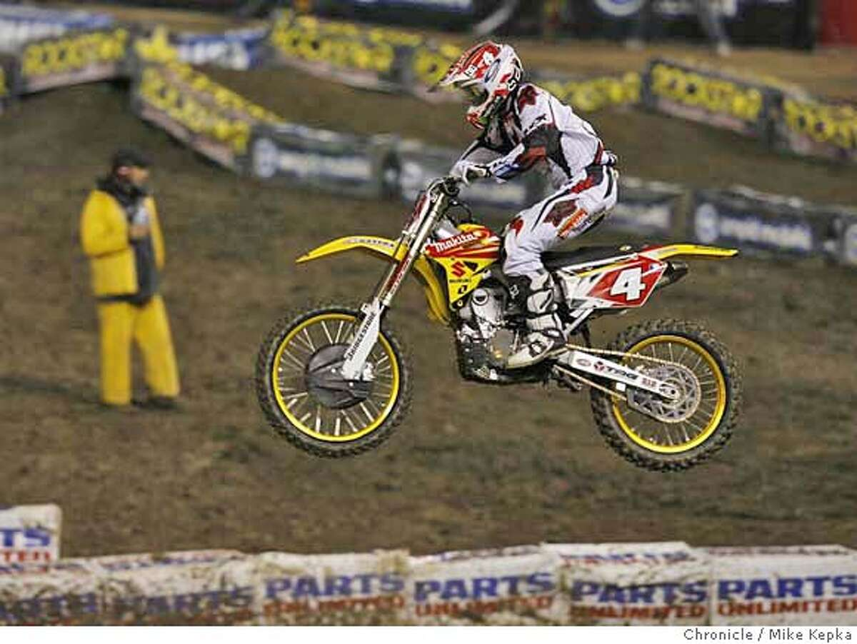#4 Ricky Carmichael leads during his qualifying round. Super cross comes the AT&T Stadium Saturday, 1/27/07. Mike Kepka / The Chronicle