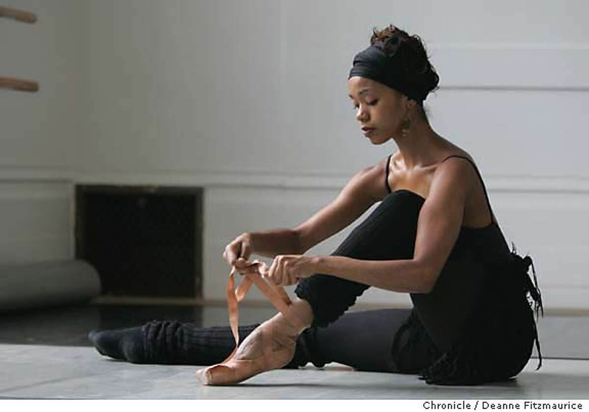 lines_155_df.JPG Aesha Ash is a dancer with Alonzo King Lines Ballet. Deanne Fitzmaurice / San Francisco Chronicle blackdance28
