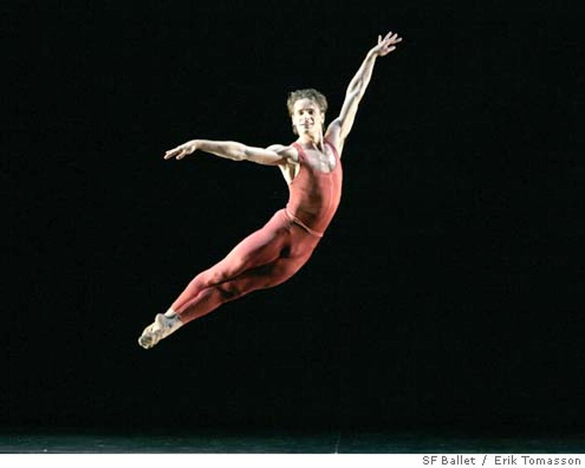 WHEEL22_02.JPG Pascal Molat in Tomasson's Concerto Grosso. Erik Tomasson / SF Ballet